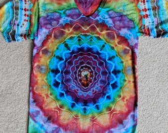 Small Tie Dye Mandala V-Neck T-Shirt