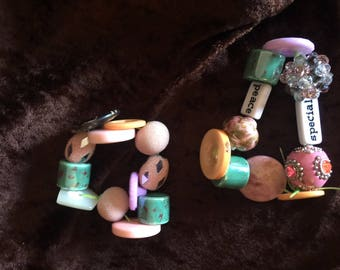 Multi colored button and bead stretch bracelets