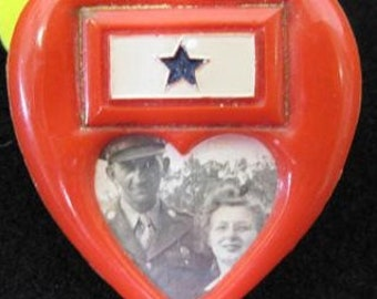 Authentic U.S. WWII Mothers Son In Service Picture Pin