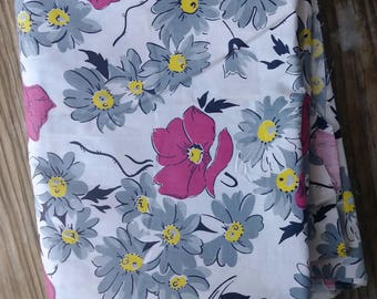 Vintage 1940s Fabric Novelty Print Floral Feed Sack Cotton 1.5 Yards
