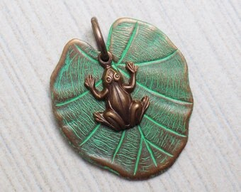 Vintal Vogue Lilypad Frog Pendant