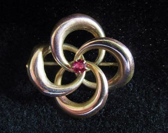 Antique Victorian Love Knot Brooch Pin Gold over Brass Dark Pink Facet C Clasp