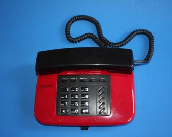 VINTAGE Unisonic brand RED and BLACK push button telephone