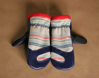 Wool and Leather Mitten | Trail Mitt | Navy Lambskin Leather and Multi-Striped Pendleton Wool