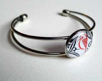 The red bird among the leaves and flowers BR045 bracelet