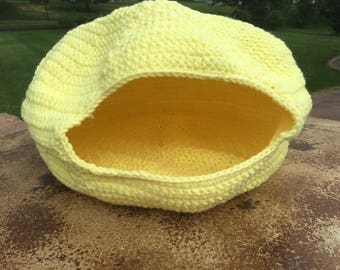 Crocheted Cat Cave Bed - Yellow