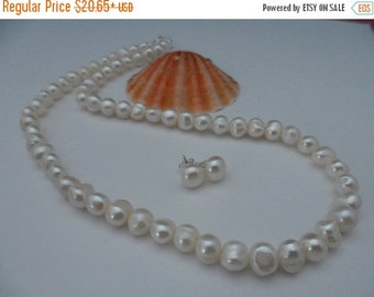 ON-SALE Wedding Set - Genuine White Freshwater Pearl Necklace and Earrings - Bridal Gift, Bridesmaid Gifts, Maid of Honor Gifts - Weekly Dea