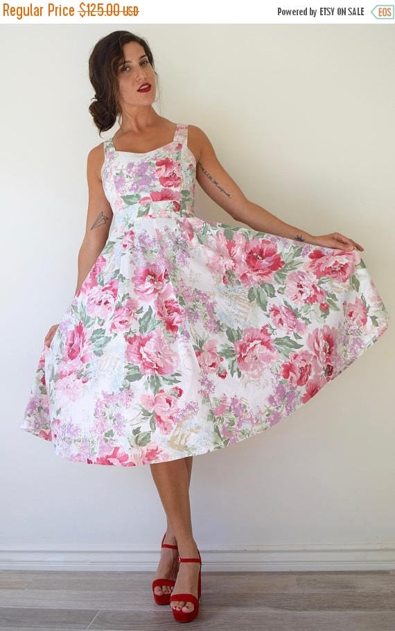 SUMMER SALE / 20% off Vintage 50s Style Peonies and Balustrades Floral Print Full Circle Tie Back Sun Dress with Sweetheart Neckline and Sid