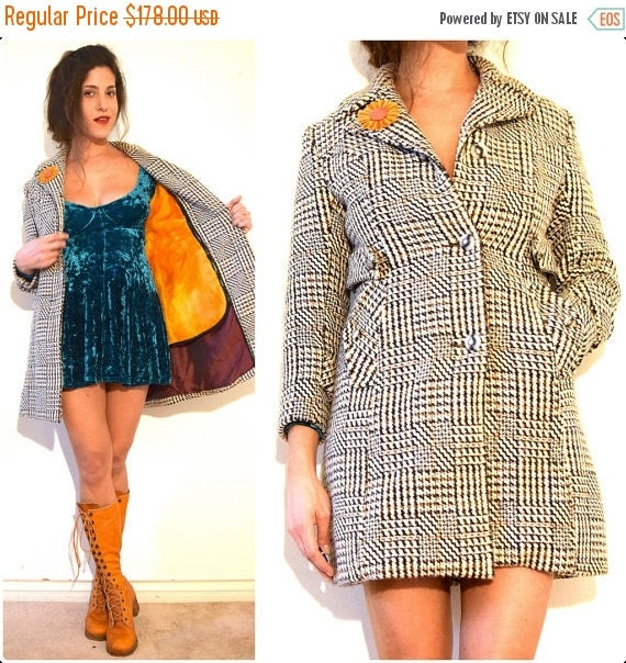 SUMMER SALE/ 30% off Vintage 60s 70s Private Investigation MOD Checkered Houndstooth Tweed Coat (size xs, small)