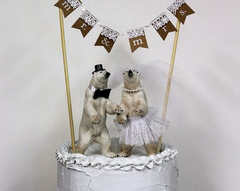 MR AND MRS Wedding Cake Banner, Wedding Cake Topper, Rustic Cake Banner, Bride and Groom, Shabby Chic Wedding
