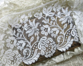 Vintage French Mesh Lace, Jacobean Floral ... Extra Wide Lace Trim Yardage ... Antique Edging Lace, Scalloped ...LY170704