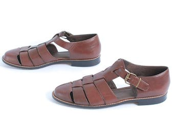 size 8.5 FISHERMAN brown leather 80s 90s PLATFORM WOVEN buckle sandals