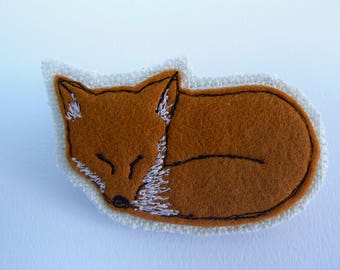 Little Red Fox fabric brooch