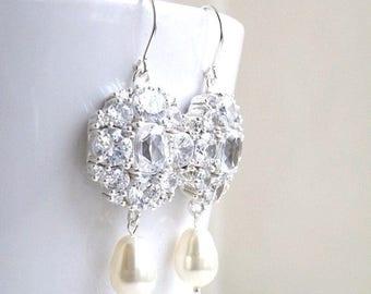 Summer Sale Ivanka Trump Cushion CZ Ivory Pearl Silver Chandelier Earrings IEP5