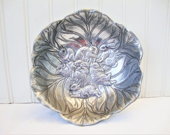 vintage bunny bowl arthur court cabbage with rabbits