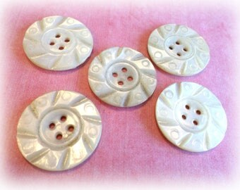 5 Fancy PEARL Vintage Buttons from Muscatine Iowa 1 Inch Pearl Sew Thru Buttons