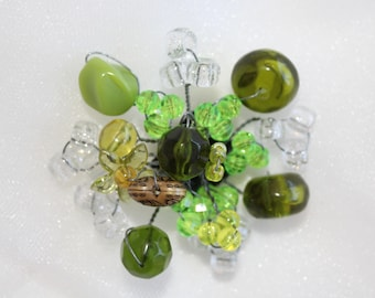 Green, beaded wire, pin back, Brooch,