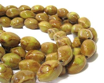 65% Off 10 Honey Brown 4 sided Fluted Oval Glass Beads, Twisted Oval Art Beads 20x12mm POR0063