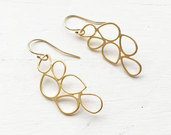 Gold Raindrop Earrings
