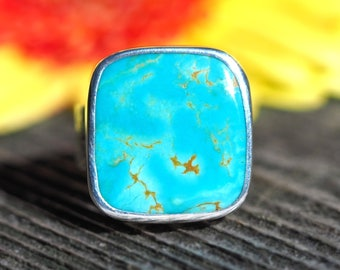 Turquoise Ring - King's Manassa Turquoise sterling silver ring with flowers - natural bright blue turquoise ring - size 8 3/4 - size 8.75