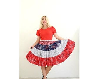 ANNIVERSARY SALE 1970s Patriotic Country Floral Dress /// Size Extra Small to Small