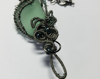 Wrapped and Woven Sea Glass Jewelry-Gunmetal Wire and chain-Seafoam/Coke bottle Green Sea Glass-adjustable chain
