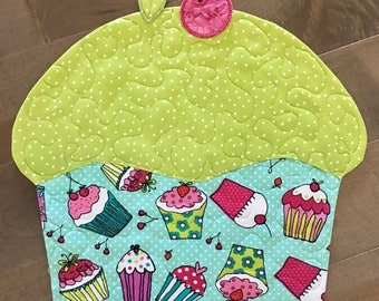 Quilted CUPCAKE Placemats . . . Favorite  Colors of Aqua and Lime Green . . . Fun Shape . . . set of 2