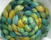 Sale Merino/Baby Camel/Tussah 60/20/20 Roving Combed Top - 5oz - New Zealand Forest Moss 1