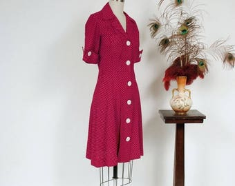 50% CLEARANCE Vintage 1980s Dress - Fantastic 1940s Style Maroon Day Dress with Swiss Dots, Cut Pockets and Shell Buttons