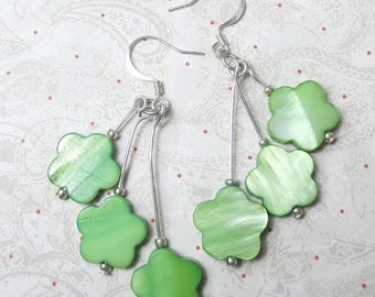 SALE, 50%, Green Shell triple dangle earrings made with Mother of Pearl shells in daisy shape
