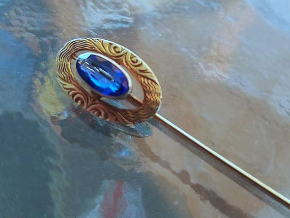 Antique Edwardian 10k gold synthetic blue sapphire stick pin / stickpin / lapel pin / tie pin / tie tack / brooch