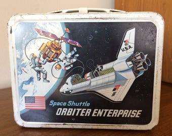 Vintage Space Shuttle Orbiter Enterprise Lunchbox USA Rocket Ship & Astronaut Moon Earth Travel 70's Toy Lunch Box