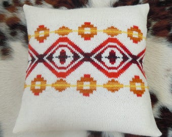 Chi-Wee Pillow Pattern