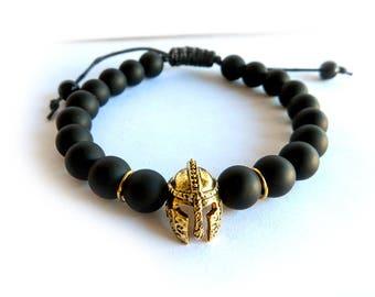 Bracciale da UOMO nero con ELMO da gladiatore romano in oro perle agata opaca NERO idea regalo