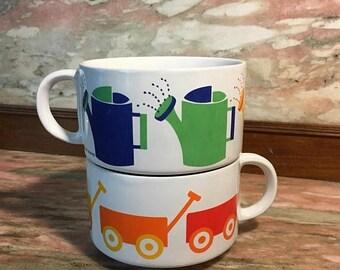 Christmas Sale Soup Mug Set 1980s Rainbow WATERING CANS & WAGONS Korea Grant Howard