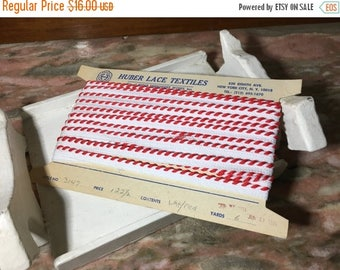 Christmas Sale Vintage 1980s White and Red Nylon Sewing Trim 8 Yards Shoe Lacing Christmas Huber Lace Textiles
