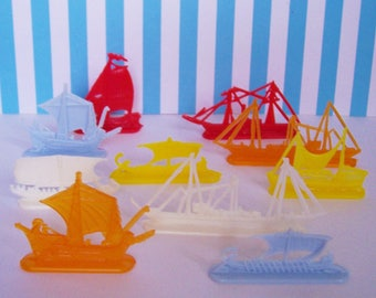 10 Cereal Box Charms Ships and Boats Vintage