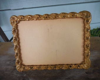 Vintage Royal Mfg Co Easel Back Gilt Metal Picture Frame