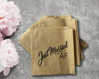 Wedding Donut Pastry Bag -  Just Married AF