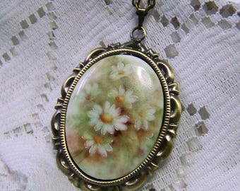 Daisies Watercolor Cameo Pendant, Daisies Necklace, Porcelain Daisies Cameo, Pastel Daisies, Peach, White, Yellow, Green Cameo Jewelry
