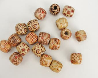 Barrel printed bead 16mm set of 12