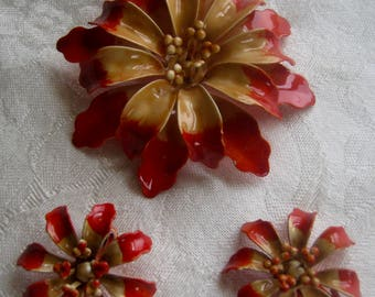 Vintage brooch and earrings, enameled in warm summery orange and apricot colors