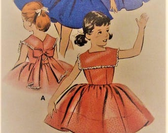 Vintage Toddler Dress Sewing Pattern UNCUT Butterick 8545 Size 3