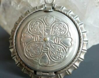 Vintage Embossed Locket Silver Tone Folding