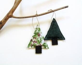 Balsam fir pine sachet, scented ornaments, tree trimming, cinnamon scented, cinnamon chips, Balsam Christmas sachet gift