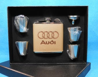 Audi Deluxe Leather Flask Gift Set - Great Christmas gift for a Audi driver or Enthusiest!