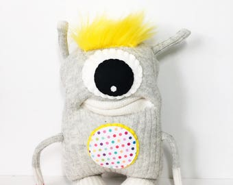 BIXBY - XL Monster, Sockmonster, Stuffed Toy, Cyclops