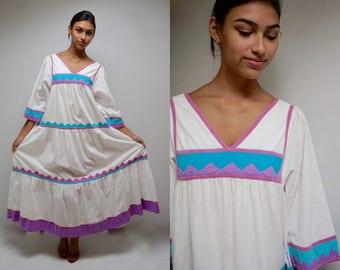 Mexican Style Dress  //  SouthWest Tent Dress  //  White Cotton Dress  //  THE MARISOLE