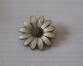 Vintage Modern Sterling Enamel Brooch Denmark Jemax daisy