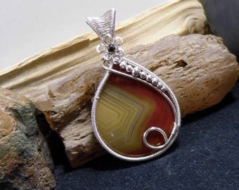 Rare Agate Creek Agate Wire Wrapped Stone Antique Silver Pendant